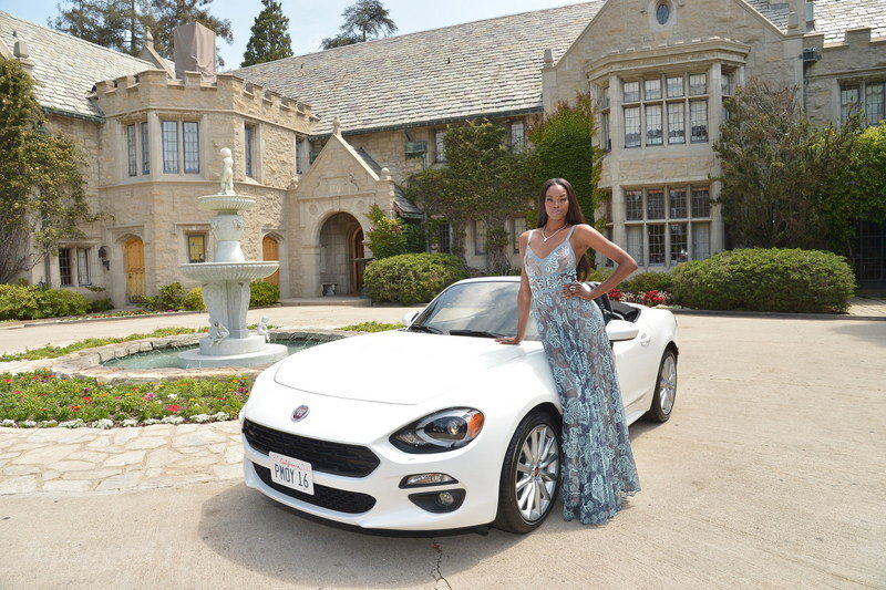 Model-actress Eugena Washington Receives New Fiat 124 Spider