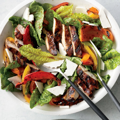 Cooking Salad: Grilled Chicken Paillard Salad Recipe