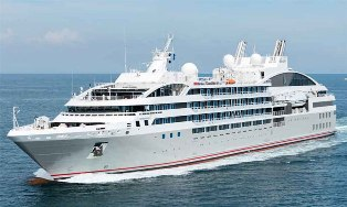 Le Lyrial cruise ship to europe