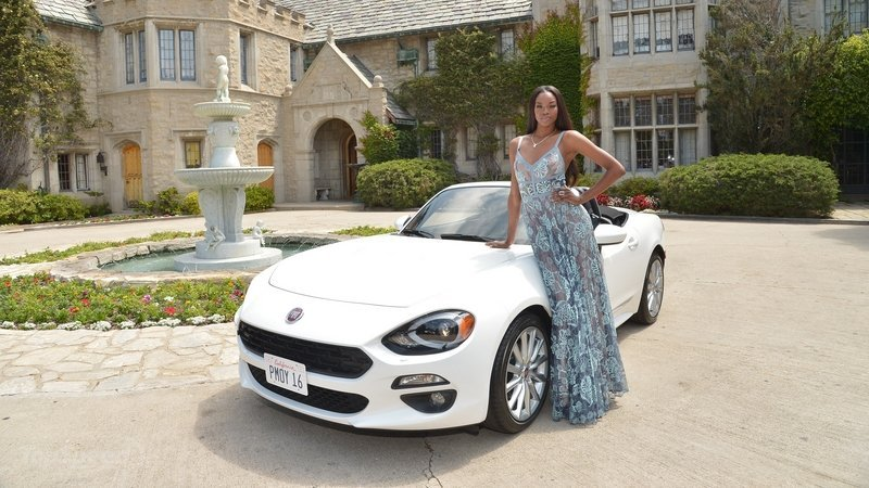 Playboy's 2016 Playmate Of The Year Receives New Fiat 124 Spide - 1
