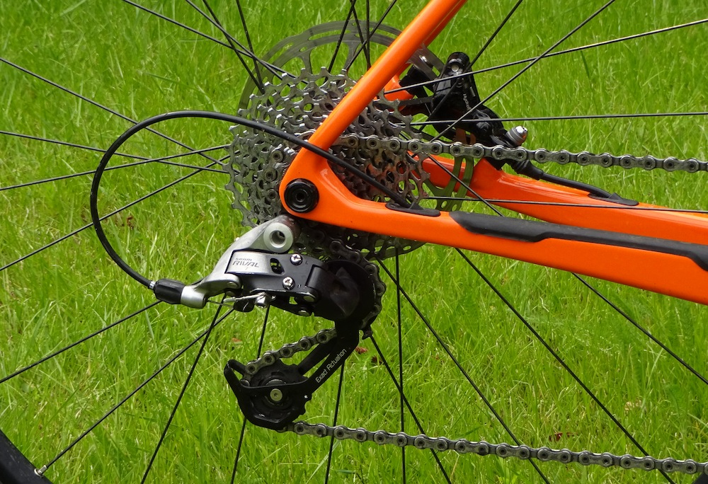 Santa Cruz Stigmata Review - SRAM Rival rear mech has longer cage to handle the 11-32 cassette